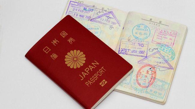 Paspor Jepang dinobatkan sebagai paspor terkuat pada tahun ini, mengalahkan Singapura, Jerman, Amerika, dan Inggris.