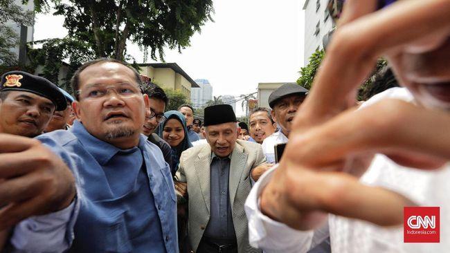 Menurut dia, masih banyak figur polisi jujur dan mengabdi pada bangsa serta negara untuk menjadi pimpinan.