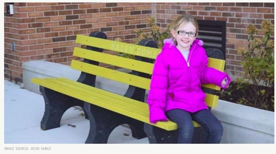 Kreativitas Bocah 9 Tahun Gunakan Bangku Supaya Dapat Teman