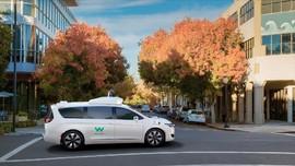 Menhub Minta PT Kembangkan Mobil Otonom untuk Ibu Kota Baru