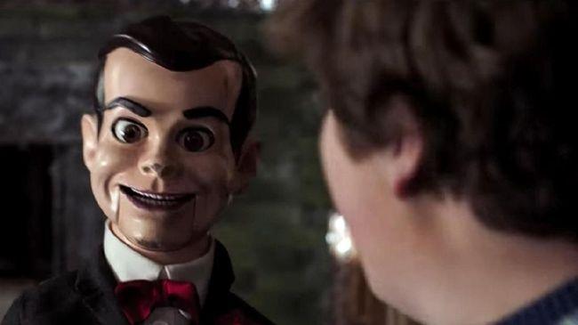 Rekomendasi film akhir pekan kali ini akan mulai berbau horor mengingat momen Halloween akan jatuh pada akhir Oktober.