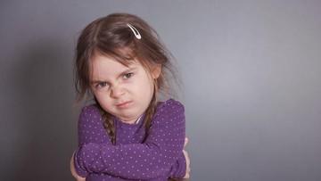 5 Cara Mengajarkan Anak Bersabar