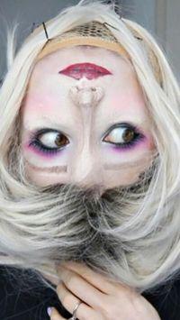 Tampilan Halloween Paling Horor, Wanita Ini Bikin Wajahnya Terbalik