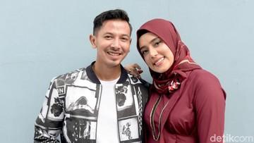 Cerita Fairuz A. Rafiq Urus Anak Sambil Siapkan Sahur untuk Suami