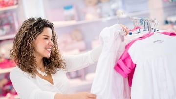 5 Tanda Bunda Sudah Kecanduan Belanja