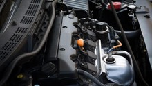 Mengenal Beda Mobil Mesin Bensin dan Diesel