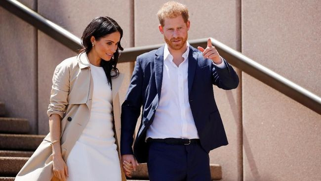 Bila diurut sesuai peraturan, maka anak Pangeran Harry - Meghan Markle yang sedang dalam kandungan belum tentu bisa menyandang gelar pangeran atau putri.