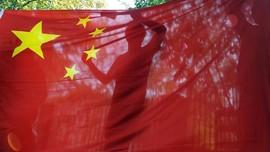 Trump Tandatangani UU Sanksi China, Tiongkok Bersumpah Balas