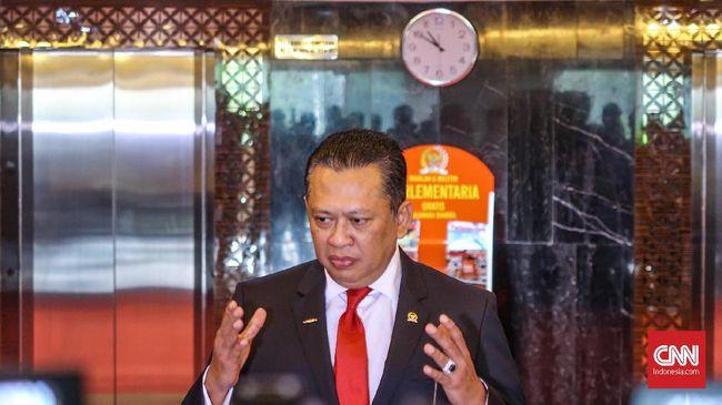 Motor masuk tol usul dari Ketua DPR RI Bambang Soesatyo ditanggapi Menteri Perhubungan Budi Karya Sumadi. Menhub Budi menyebut wacana itu harus dikaji.
