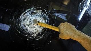 Pecah Kaca Mobil di Kemang, Tas Gucci dan Rp200 Juta Raib