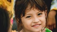 <p>Bayu merasa Jihan adalah anak yang luar biasa tegar. Jihan bahkan selalu tersenyum dan tak menangis. (Foto: Bayu Andrein)</p>