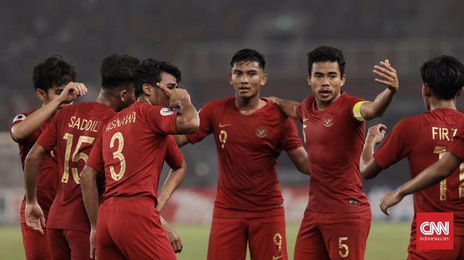 Timnas Indonesia U-19 akan menghadapi Jepang pada babak perempat final Piala Asia U-19 2018 di Gelora Bung Karno. Berikut jadwal siaran langsung laga tersebut.