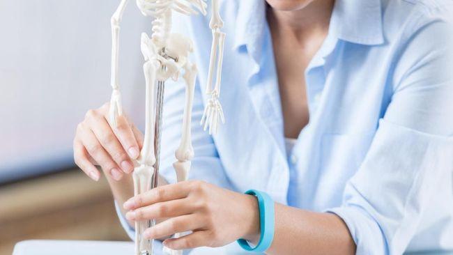 Hari Osteoporosis Sedunia: Gejala dan Penyebab Tul