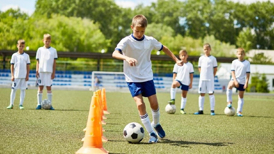 Tanda Tanda Anak Berbakat Jadi Pemain Sepakbola