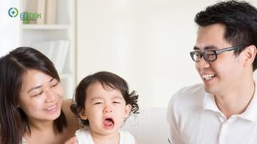3 Tanda Anak Terlalu Manja pada Orang Tua