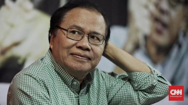 Mantan Menko Kemaritiman Rizal Ramli meramal ekonomi hanya akan tumbuh 4,5 persen di 2019 karena sejumlah indikator pertumbuhan menunjukkan pelemahan.