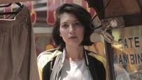 <p>Kalau Bunda sudah menonton film 'Aruna dan Lidahnya', pasti kenal dengan sosok Hannah Al Rashid yang berperan sebagai Nadezhda. (Foto: Instagram/hannahalrashid)</p>