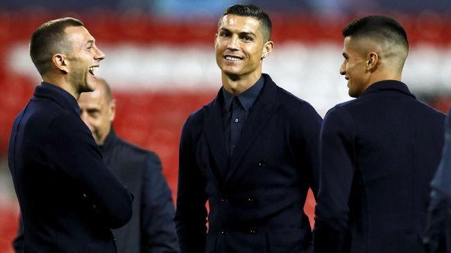 Kehadiran Cristiano Ronaldo diharapkan bisa membantu meringankan beban utang Juventus yang mencapai €310 juta atau setara Rp4,9 triliun.