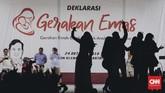 Gerakan Emak-emak dan Anak Minum Susu (Emas) merupakan rangkaian dari Revolusi Putih yang menjadi salah satu program pasangan Prabowo-Sandiaga.