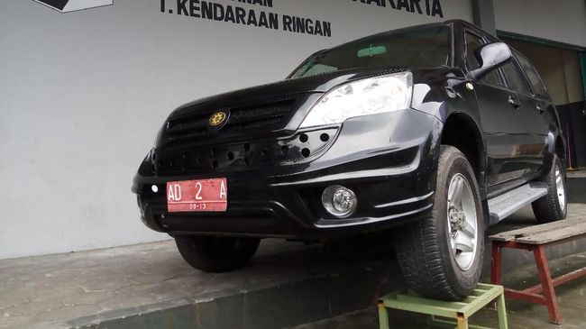 SMK merasa keberatan produknya yang dirakit di Boyolali, Jawa Tengah dengan embel-embel 'mobil nasional'.