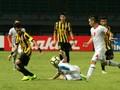 Pelatih Prihatin Bek Malaysia Patahkan Kaki Pemain Tajikistan