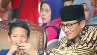 <p>Sulaiman cukup sering diajak Ayah Sandi ke berbagai acara. (Foto: Instagram/ @sandiuno) </p>
