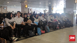 Melewati Fajar demi Mengikuti Tes SKD CPNS di Jakarta