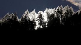 FOTO: Musim Gugur di 'Gunung Iblis'