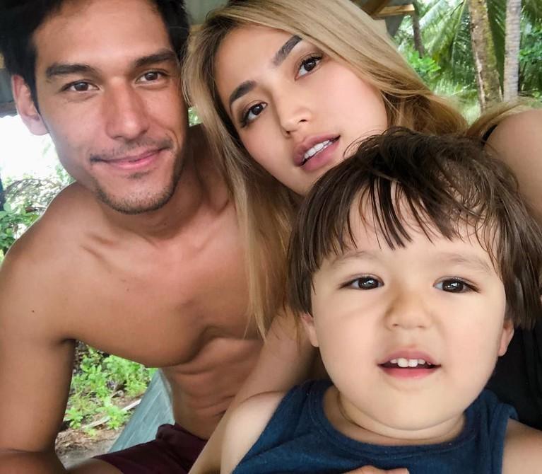 Putra semata wayang Jessica Iskandar, El Barack memang kerap terlihat menghabiskan waktu bersama Richard Kyle.