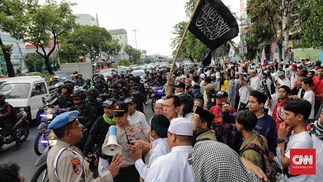 Polda Metro Jaya menyatakan akan mengerahkan 750 polisi lalu lintas untuk mengamankan dan mengatur pengalihan lalu lintas saat Aksi Bela Tauhid jilid II.