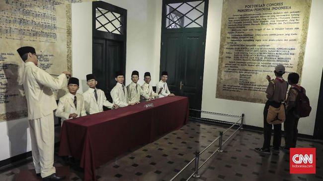 Hari Sumpah Pemuda diperingati saban 28 Oktober. Kongres Pemuda yang kala itu jadi cikal bakal Sumpah Pemuda melibatkan peran pemuda dari pelbagai kalangan.