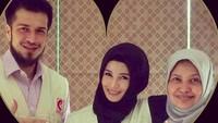 <p>Momen Bunda Jihan Fahira dan Ayah Primus Yustisio menjadi relawan. (Foto:Instagram @truejf</p>