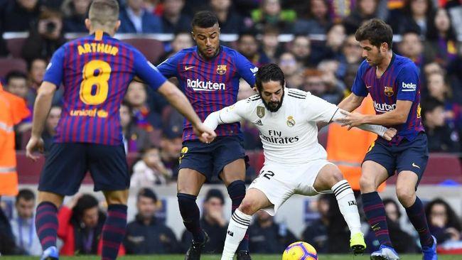 Duel antara Barcelona vs Real Madrid dalam laga bertajuk El Clasico ditunda oleh Federasi Sepak Bola Spanyol karena alasan keamanan.
