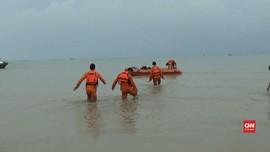 VIDEO: Tim SAR Sisir Bibir Pantai Karawang Cari Korban JT-610