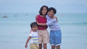 Hati Adem Lihat Rukunnya 3 Anak Widi Mulia dan Dwi Sasono