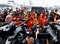 Raut Haru Kepala Basarnas di Depan Keluarga Korban Lion Air