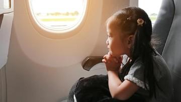 Tips Mengatasi Rasa Takut Anak Saat Naik Pesawat