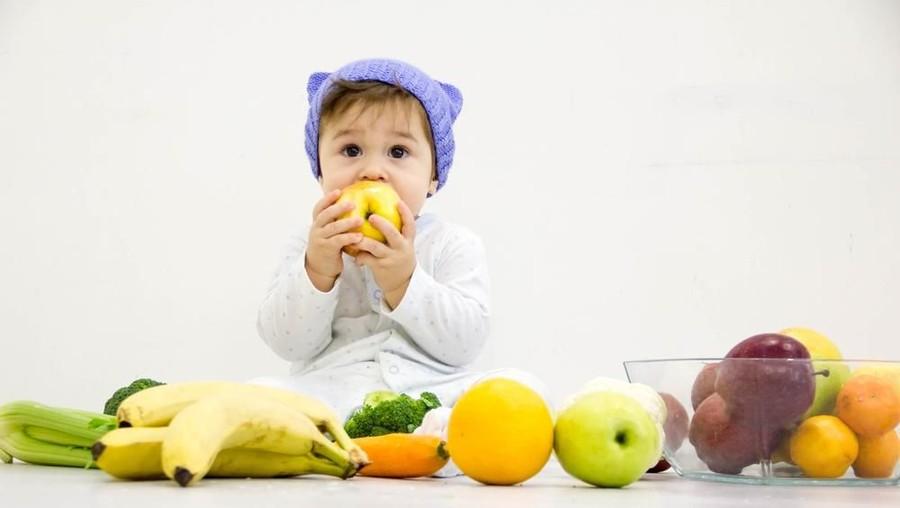 Cara Mudah agar Anak Mau Makan Buah-buahan
