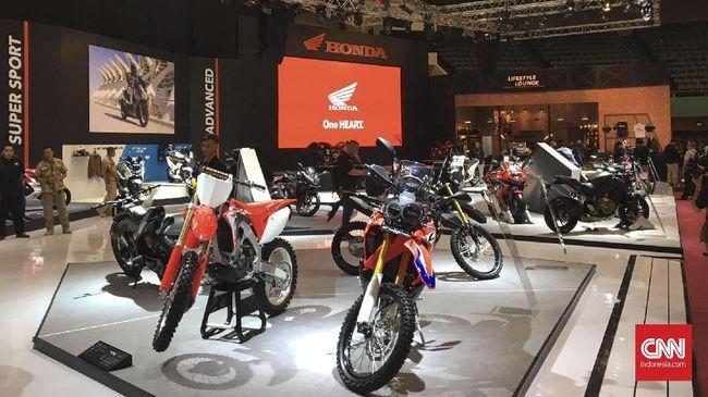 Asosiasi Industri Sepeda Motor Indonesia (AISI) menyebut dampak virus corona bisa menyusutkan penjualan pada tahun ini sampai 25-30 persen.