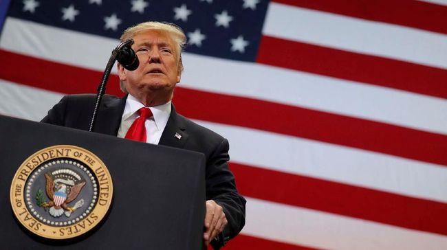 Seorang pejabat Kemlu Iran, Hossein Amir-Abdollahian, menganggap pemimpin AS, Donald Trump, sebagai 'presiden gila' menyusul ketegangan antara kedua negara.
