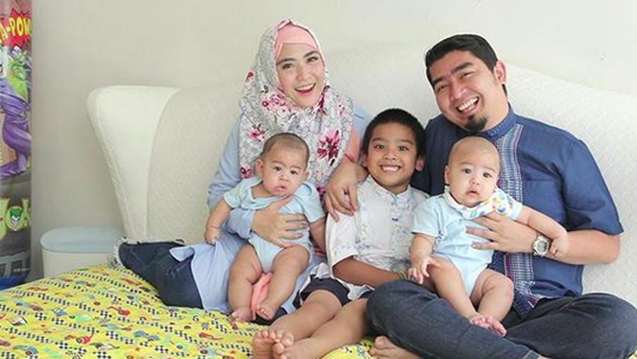 Urusan Mengasuh Anak, Ustaz Solmed Jadi Ayah Serba Bisa