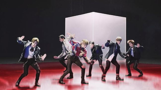 Berikut adalah daftar video musik terlaris EXO yang ditonton di YouTube.