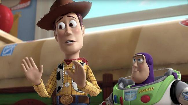 Aktor Tim Allen yang menyulih suara Buzz Lightyear pun berinisiatif memperingatkan Tom Hanks (Sheriff Woody) soal keberadaan akhir emosional di 'Toy Story 4'.