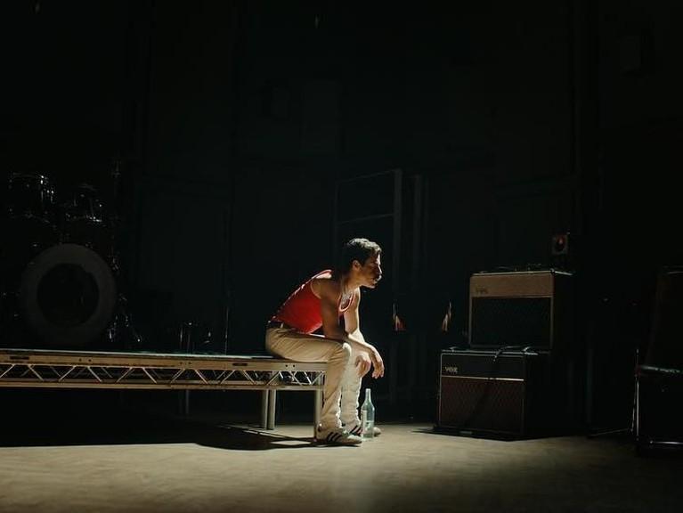 Freddie Mercury Tidak Akui Penyakitnya. Freddie diketahui tidak mengaku mengidap penyakit mematikan itu. Namun dalam film akan dijelaskan apa alasan Freddie melakukan hal itu.
