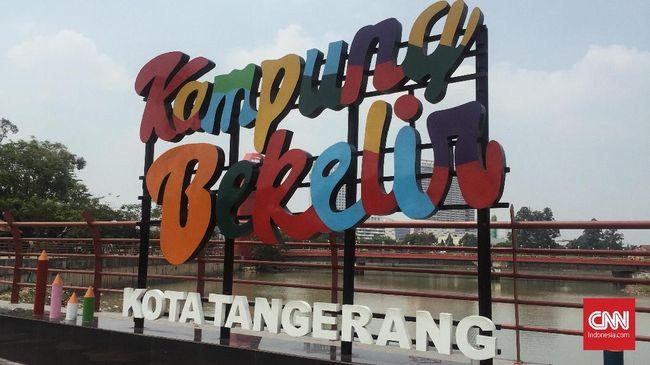 Bekelir bukanlah sebutan bagi perkampungan ini, melainkan Babakan Kulon. Sebelumnya Babakan Kulon hanyalah kampung kumuh.