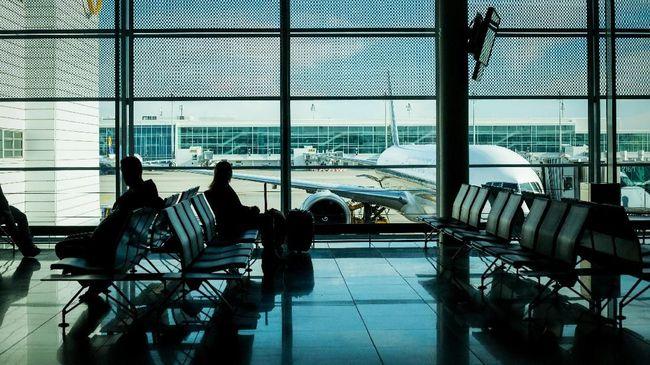 Momen transit di negara orang selama beberapa jam kerap menjadi hal yang membingungkan bagi wisatawan.