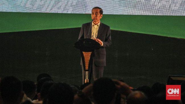Komnas HAM meminta Jokowi selaku kepala pemerintahan memerintahkan Jaksa Agung HM Prasetyo untuk menyelesaikan 13 berkas kasus pelanggaran HAM berat.