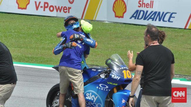 Valentino Rossi bisa saja mendapatkan hari yang sempurna di MotoGP Malaysia andai saja dirinya tak terjatuh saat memimpin balapan.