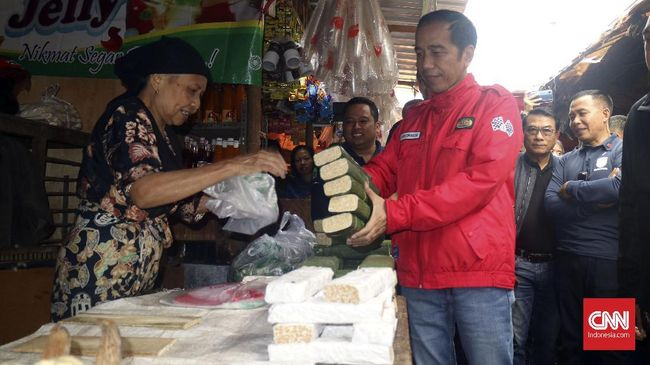 Kampanye dua kompetitor di Pilpres 2019, Jokowi dan Sandiaga, menyasar pasar yang disebut sebagai simbol pendekatan ke kalangan bawah dan isu kesejahteraan.