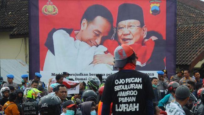 Bupati Boyolali Seno Samodro mengaku mengajak warganya untuk tak memilih Prabowo Subianto karena pernyataannya soal 'tampang Boyolali' menyakitkan.